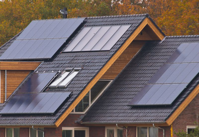 house-roof-solarpanels