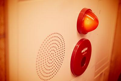 emergency-light-and-speaker