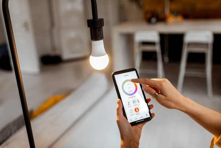 remote automated lamp